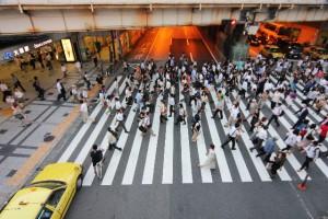 車優先から歩行者優先で街に賑わいを!!