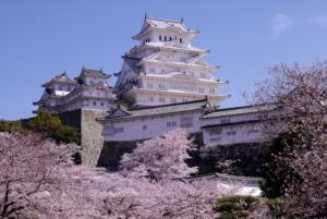 姫路城の入城にカード利用も可能に!?増加する訪日外国人に対応!!