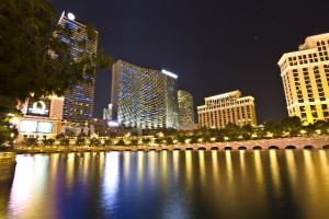 海外のホテルやレストランで良い印象を与える客になる人って?
