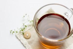 花粉症対策にお茶を飲むことは効果的!?