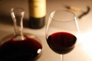 飲み残した赤ワインの保存方法って?ワインがおいしくなる豆知識!!