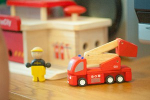 ワクワク演出!!玩具がためせるスペースも!?トイザらスが訪日客にも商品拡充へ。