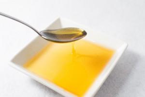 原材料の安値に関わらず高まるゴマ油の値段。